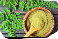 How to Prepare Moringa Leaves for Drinking